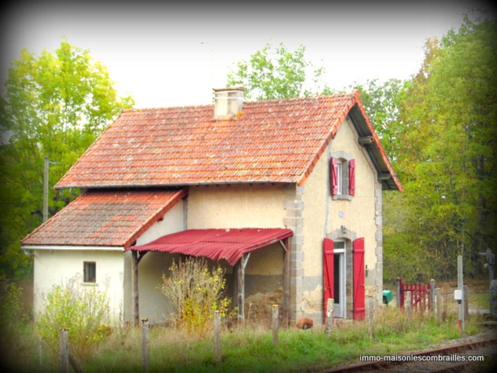 detached house, Saint-Médard-la-Rochette, Creuse